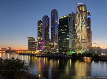 Москву включили в список городов, страдающих от массового туризма