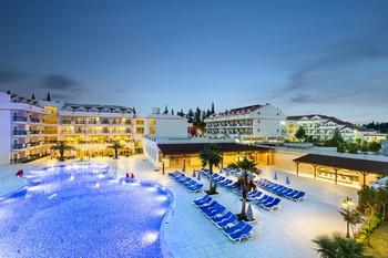 В Турции построят почти 100 новых отелей