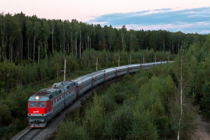 Поезд Санкт-Петербург — Ижевск