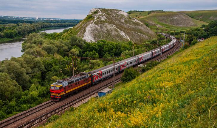 Поезд Санкт-Петербург — Сухум