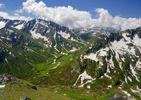 verkhovya_reki_urushten,_zona_glavnogo_kavkazskogo_khrebta.jpg
