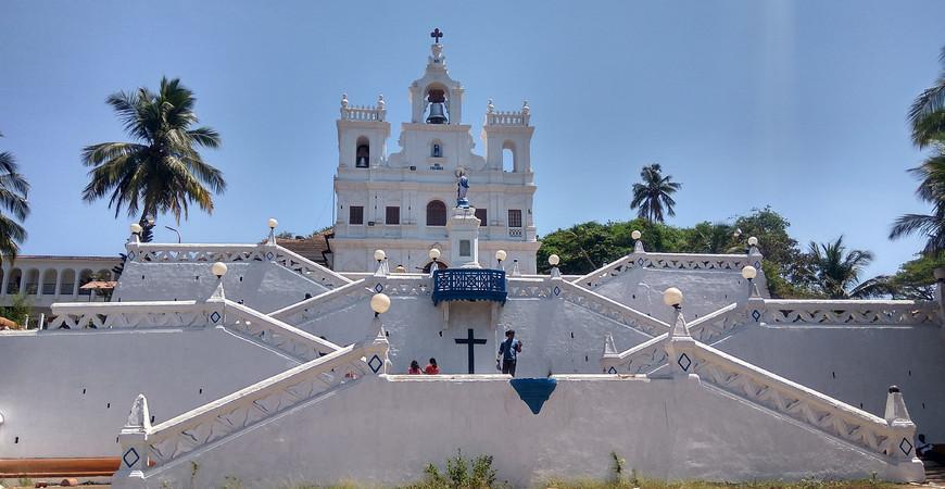 Церковь Непорочного зачатия Девы Марии в Панаджи (Church of Our Lady of the Immaculate Conception in Goa)