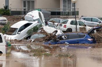 Число жертв наводнения на Майорке достигло 12 человек