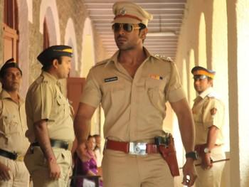 В Индии полицейские будут меньше улыбаться туристам