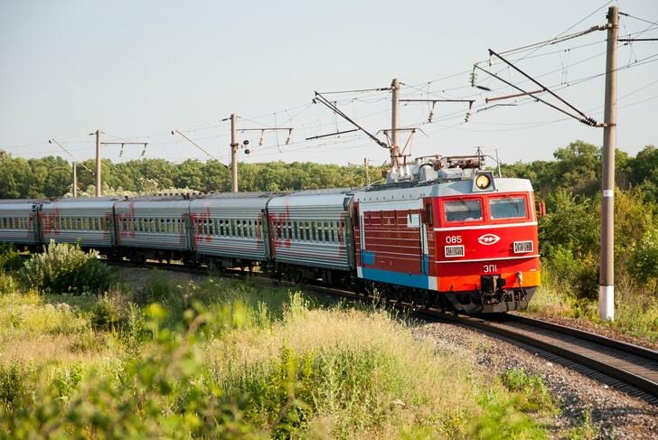 Поезд Красноярск — Адлер (Сочи)