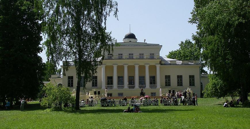 Музей-усадьба Овстуг