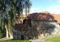 1024px-Aukstutine_pilis.Upper_Castle.Vilnius_5.jpg