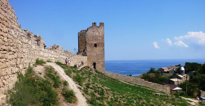 Генуэзская крепость Кафа в Феодосии
