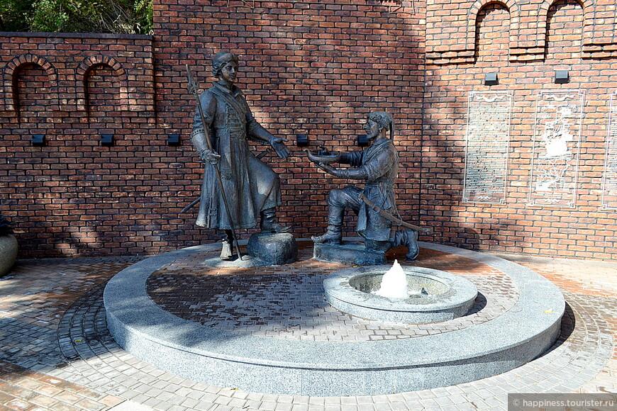 Памятник Петру I на Богатяновском спуске.
