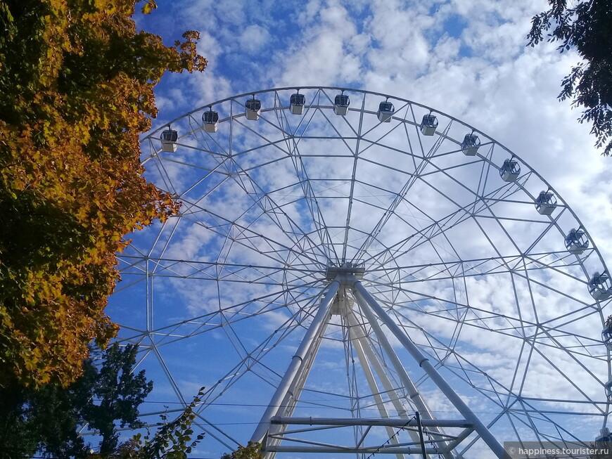 Одно небо -второе по величине колесо в России.