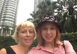 Куала-Лумпур. На фоне башен Петронас