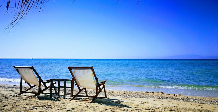 Пляжи Неа Калликратии
