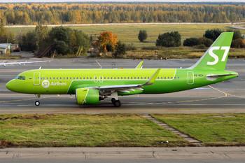 Работа авиакомпаний из РФ может нарушиться из-за перехода на внутрироссийские серверы
