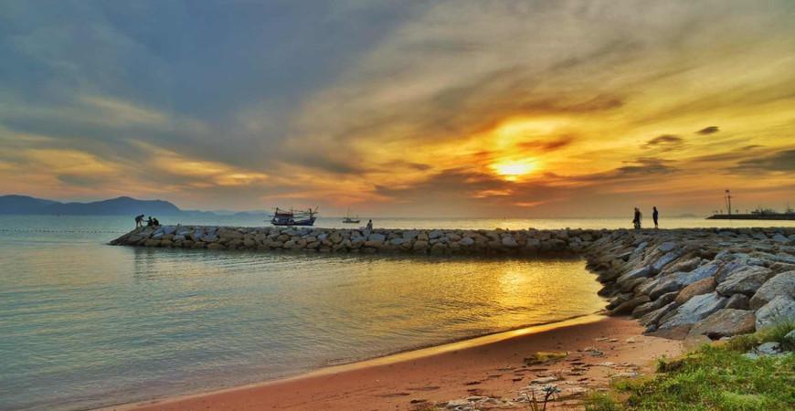 Пляж На-Джомтьен