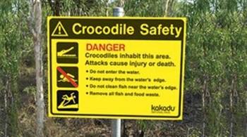 В Австралии турист рискнул жизнью ради селфи с крокодилом
