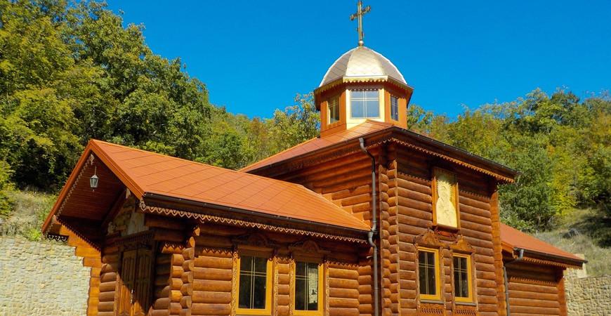 Кизилташский монастырь