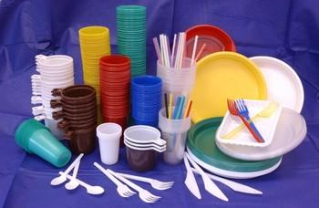 К 2021 году в Европе запретят пластиковую посуду