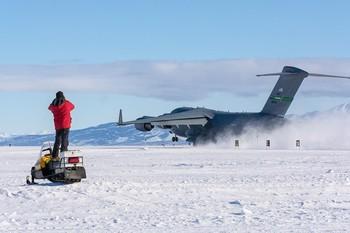 Китай начинает строительство первого постоянного аэропорта в Антарктиде