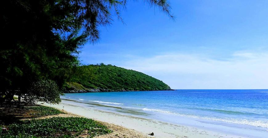 Пляж Нанг Ронг (Nang Rong)