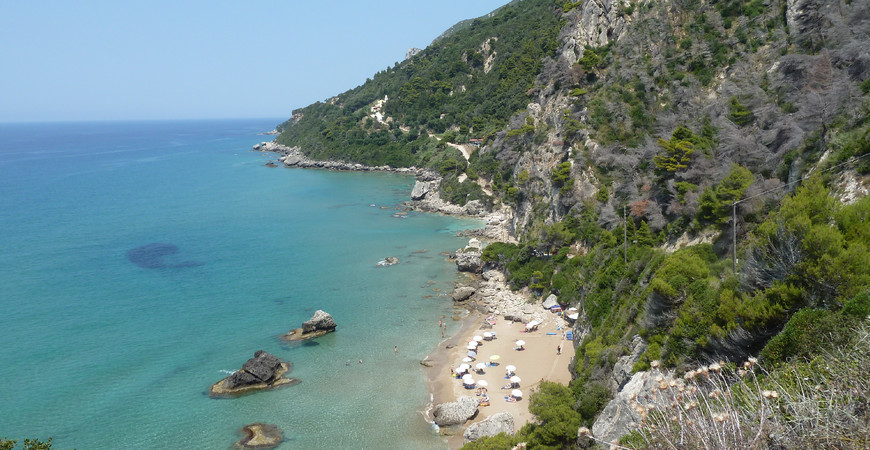 Пляж Миртиотисса (Mirtiotissa beach)