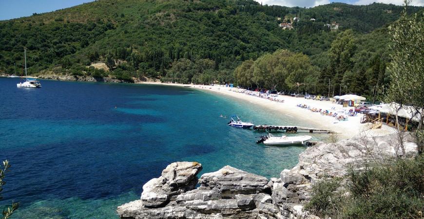 Пляж Керасия (Paralia Kerasia)
