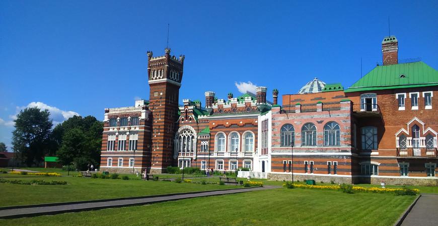 Замок Шереметева в Юрино