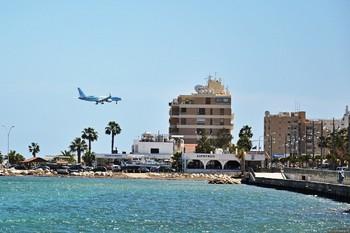 На Кипре туристка из РФ попала в тюрьму за попытку въехать на Северный Кипр