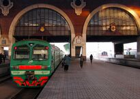 Kazansky_Rail_Terminal,_local_train_(elektrichka)_ED4M_to_Golutvin_(Казанский_Вокзал,_электропоезд_ЭД4М_в_Голутвин)_(5273535649).jpg