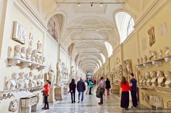 В Ватикане хотят ограничить число посетителей музеев