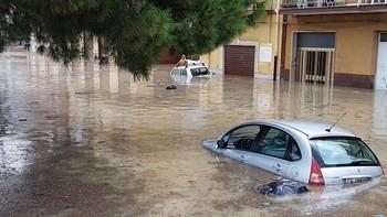 В Италии число жертв наводнений достигло 30 человек
