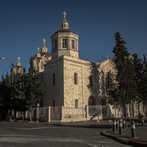 Площадь Москвы и Русская церковь.