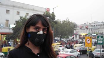 Дели накрыл смог после праздника огней Дивали