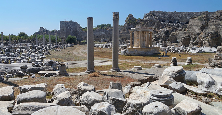 Площадь Агора в Сиде (Agora)