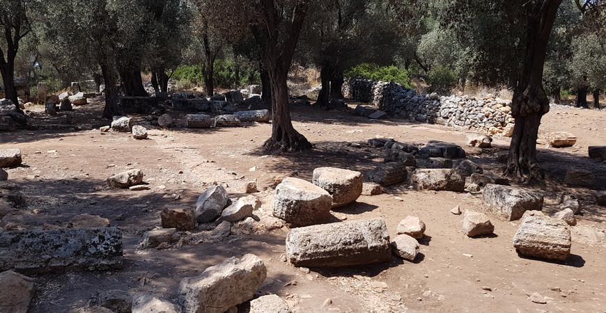Храм Аполлона на острове Клеопатры