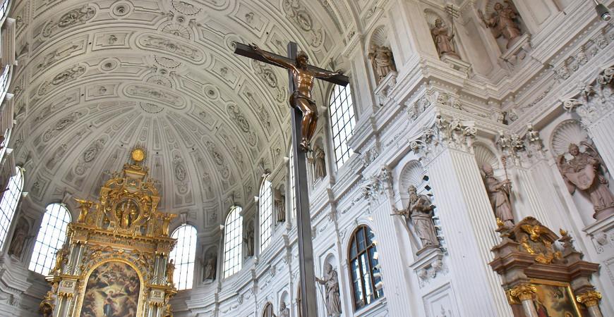 Церковь Святого Михаила (St. Michael)