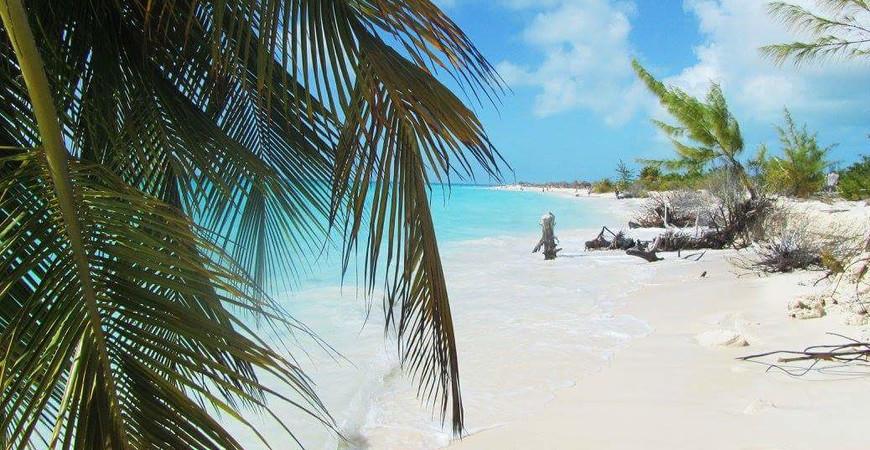 Пляж Ларга на острове Хувентуд (Playa Larga)