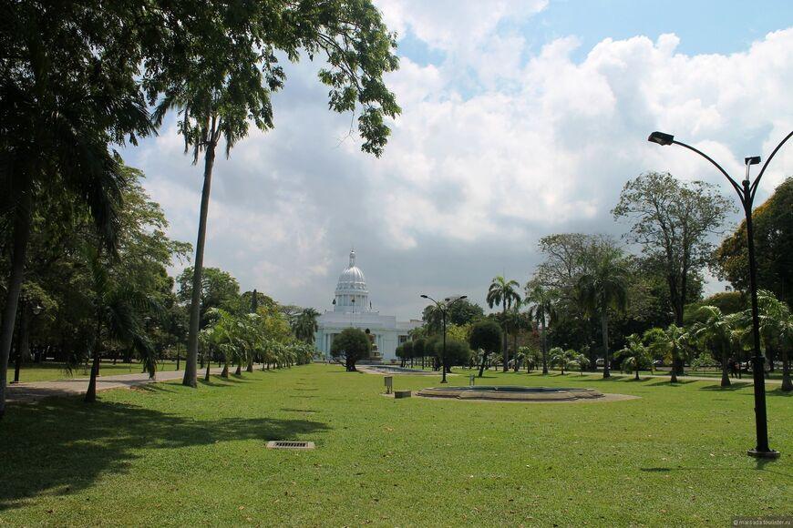 Парк Вихарамахадеви