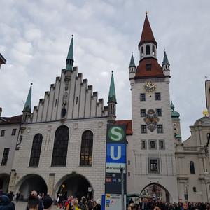 Мюнхен (Мир БМВ-Оно-Хофбройхаус-Мариенплац)