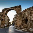 Арочные ворота Сиде