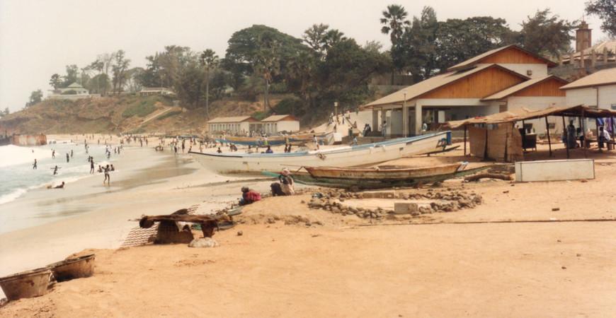 Пляж Бакау (Bakau Beach)