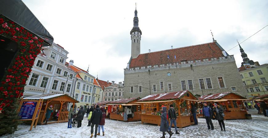 Ратушная площадь в Таллине (Raekoja plats)