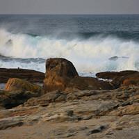Зато здесь невероятной красоты морские пейзажи и мощное дыхание Атлантики.