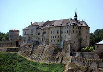 Castle_-_Český_Šternberk.jpg