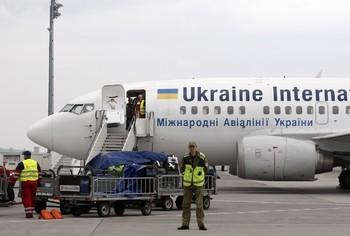 Украинские пограничники не пускают в страну часть прибывающих россиян