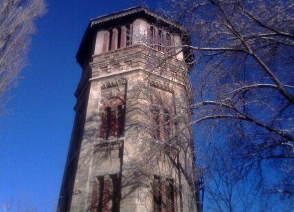 Водонапорная башня в Симферополе