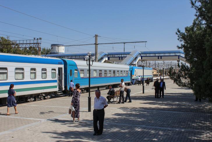 Как добраться из Ташкента в Бухару