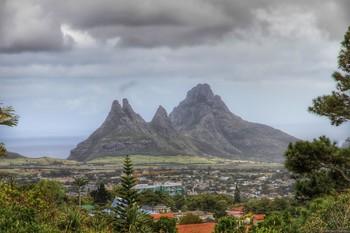 К Маврикию движется мощный тропический циклон