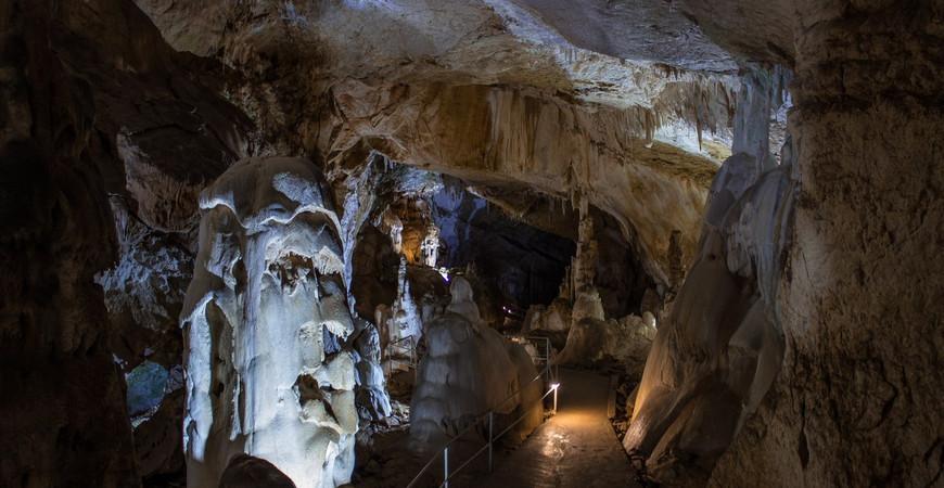 Пещера Эмине-Баир-Хосар (Мамонтова)