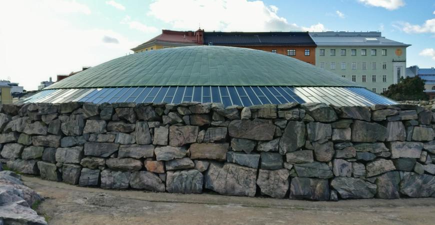 Церковь в скале в Хельсинки (Темппелиаукио)