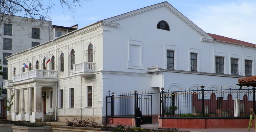 Музей древностей Феодосии